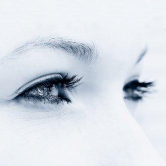 yeux-regard-femme-evc du bleu